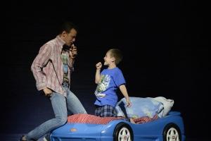 Andrew Giordano as Tick/Mitzi and Cameron Levesque as Benji.  Photo: Courtesy Fiddlehead Theatre Company/©Eric Antoniou
