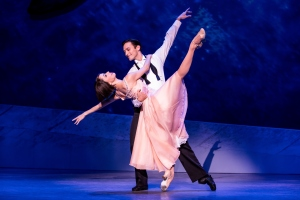 Sara Esty and Garen Scribner in An American in Paris. Photo by Matthew Murphy.